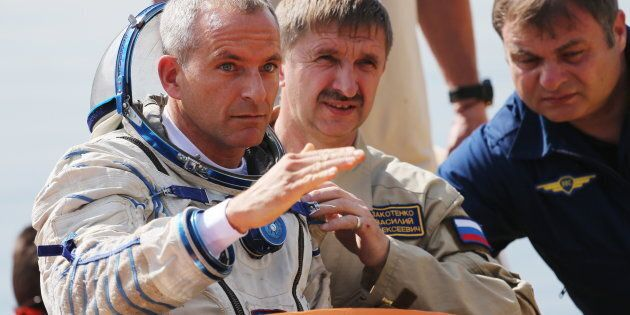 L'astronaute David Saint-Jacques, un membre d'un équipage qui se rendra à la Station spatiale internationale...