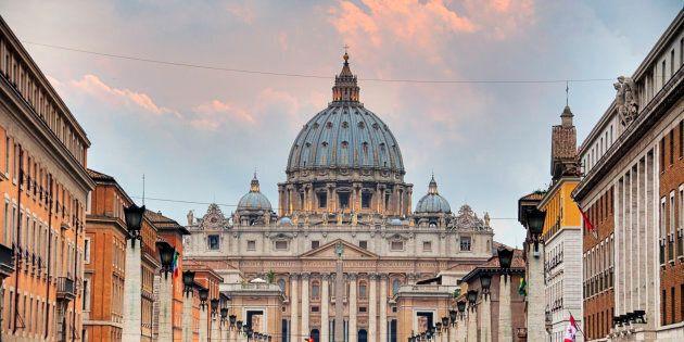 Arrestation pour pédophilie au Vatican d'un prêtre ex-diplomate à