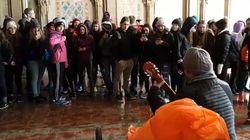 Des élèves de Val-d'Or chantent en choeur à Central