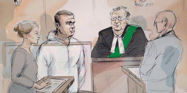 L'avocate de la défense Georgia Koulis, Alek Minassian, le juge Stephen Waisberg et l'avocat de la Couronne...