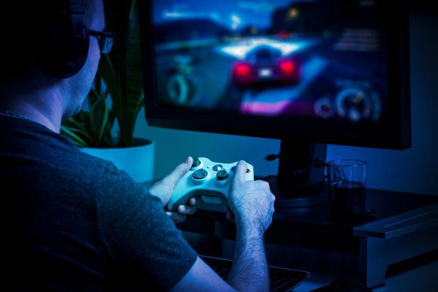 Le docteur Mark Griffiths, qui étudie le concept du trouble du jeu vidéo depuis 30 ans, est d'avis que...