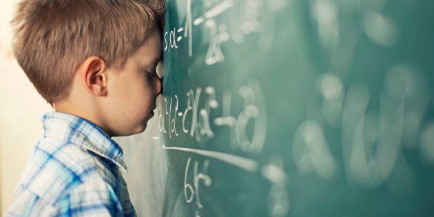 Si la réinvention du système scolaire signifie s'appuyer sur le modèle médical, de rendre pathologiques...