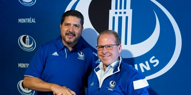 Danny Maciocia (droite) a été le coordonnateur offensif des Alouettes en 2001 alors que Anthony Calvillo...