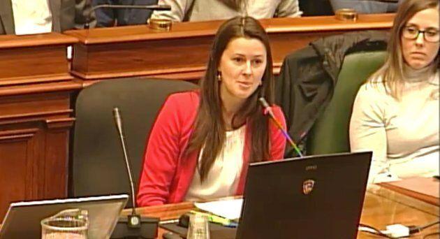 Caroline Tessier, directrice générale de l'Association des sociétés de développement commercial de Montréal, lors des auditions sur le projet Royalmount.