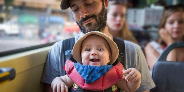 Les bébés bilingues sont plus attentifs, selon une