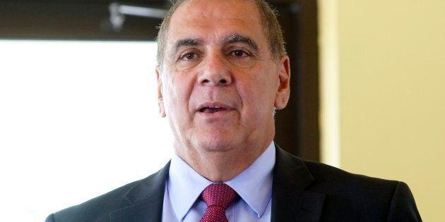 Luis Miranda, maire de l'arrondissement d'Anjou, à