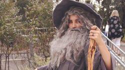 Cette ado a amené le costume de Gandalf a un autre niveau