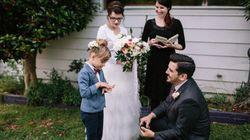 Quand les mariés prennent la pose avec leurs enfants