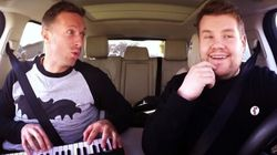 Chris Martin chante dans la voiture de James