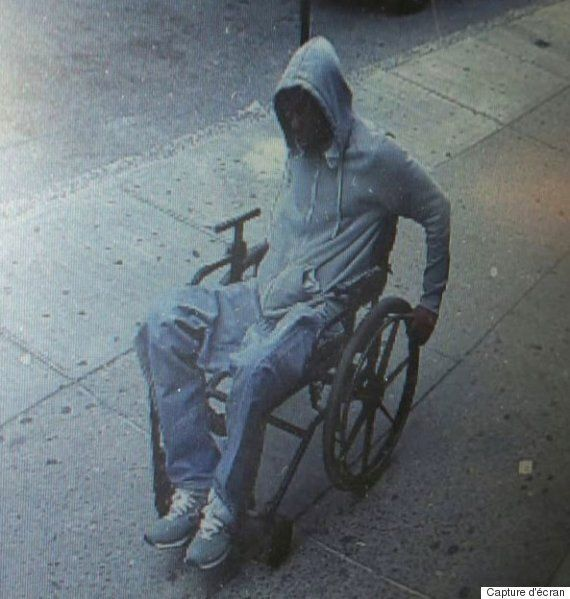 En fauteuil roulant, il braque une banque de New