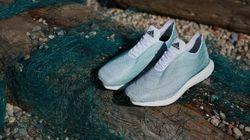 Des souliers Adidas faits de déchets