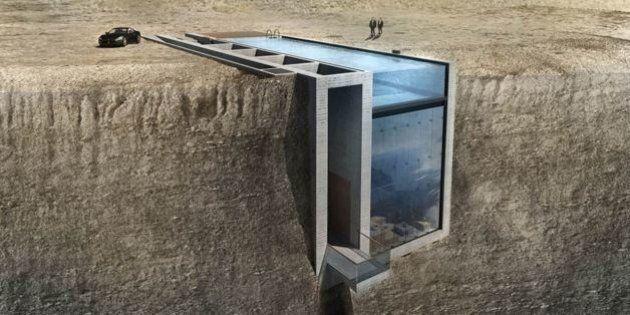 Cette maison incrustée à flanc de falaise est presque invisible depuis la terre