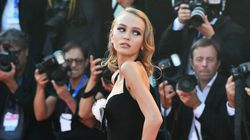 Après Cannes, Lily-Rose Depp poursuit à Venise son entrée dans le cinéma