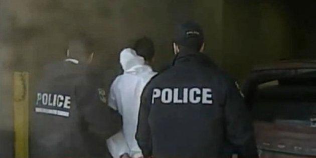 Triple meurtre à Trois Rivières: un jeune homme choisit de plaider