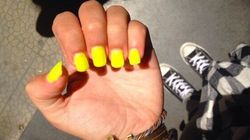 Des ongles couleur soleil pour l'été