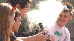 Les jeunes fument du pot malgré l'avis contraire