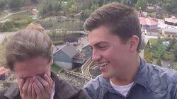 Il demande son amie en mariage... sur des montagnes russes