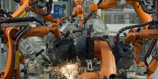 Un homme tué par un robot dans une usine Volkswagen en