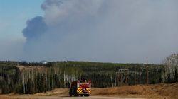 Un autre feu de forêt force des évacuations en