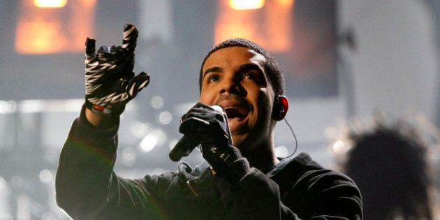 Singer Drake performs at the 2011 American Music Awards in Los Angeles November 20, 2011. REUTERS/Mario...