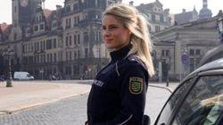 Des milliers d'internautes rêvent que cette policière sexy les