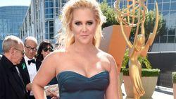 Emmys: Amy Schumer a laissé sa robe parler