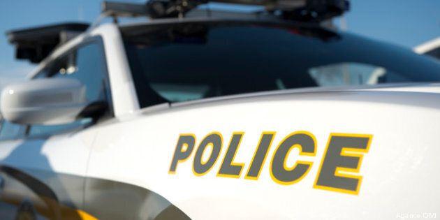 Deux individus sont arrêtés pour une fraude de 350 000$ par guichet
