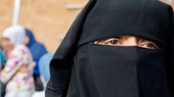 Niqab: vêtement, symbole ou