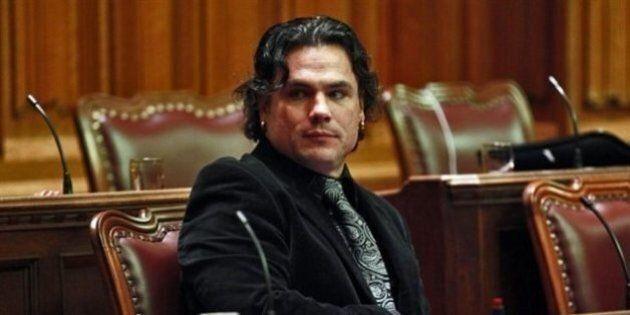 Le sénateur Patrick Brazeau hospitalisé pour de graves