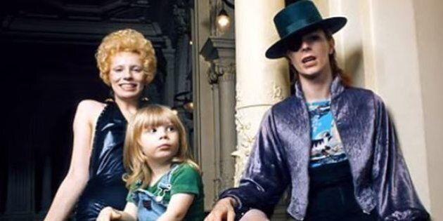 L'ex-femme de David Bowie, Angie, révèle qu'il a tenté de l'étrangler peu de temps avant leur