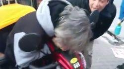 Une vidéo d'une dame atteinte par mégarde avec du poivre de Cayenne fait