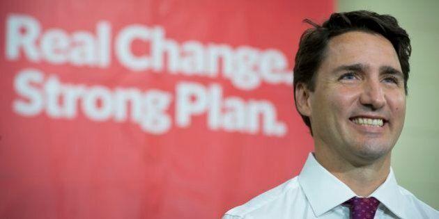 Trudeau fait miroiter un financement pour un train vers l'ouest de