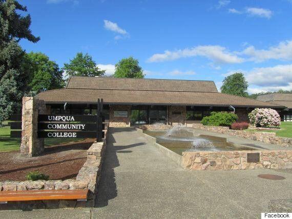 Fusillade au Umpqua University College de Roseberg en Oregon: au moins 10 morts, dont le tireur présumé...