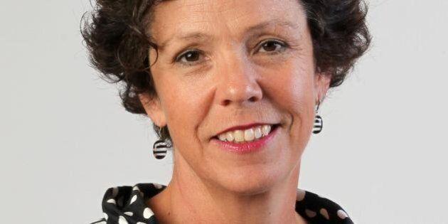 L'ex-journaliste Sue Montgomery se présente pour le