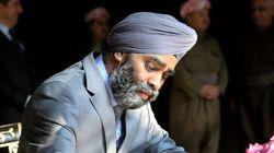 Absence du Canada à la rencontre anti-ÉI: et si le turban du ministre Sajjan était en