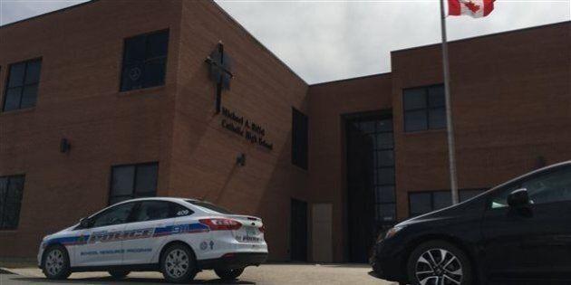 Regina: une alerte à la bombe force l'évacuation de l'école Winston Knoll