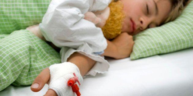 Grande-Bretagne : une mère fait subir à ses enfants des traitements médicaux dans le seul but de toucher...