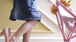Les filles devraient moins jouer à la poupée, selon une scientifique