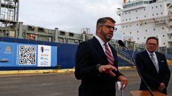 Irving devrait se mêler de ses affaires, selon le PDG du projet