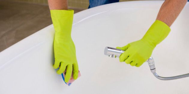 Des Trucs Faciles Pour Nettoyer La Baignoire Efficacement Huffpost