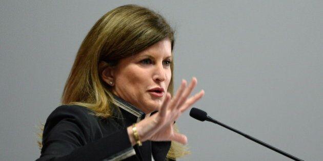 Rona Ambrose a dévoilé le cabinet fantôme du Parti