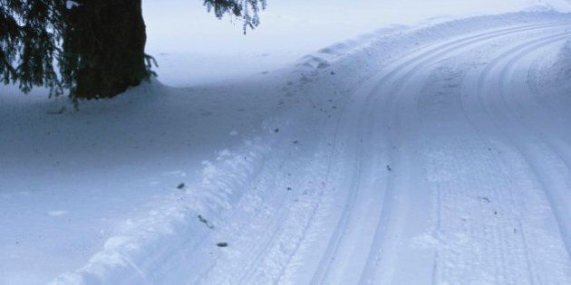 Automobile tracks in the
