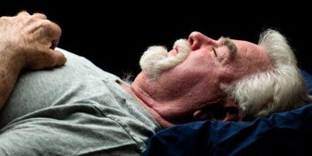 Un tiers des hommes canadiens manque de sommeil, selon une