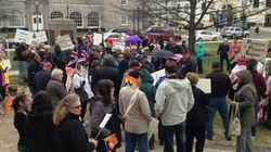 Manifestation contre le bilinguisme au Nouveau-Brunswick