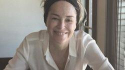 Sharon Stone pose sans maquillage pour ses 58