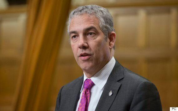 Lutte contre la discrimination : le député libéral Frank Baylis veut donner au