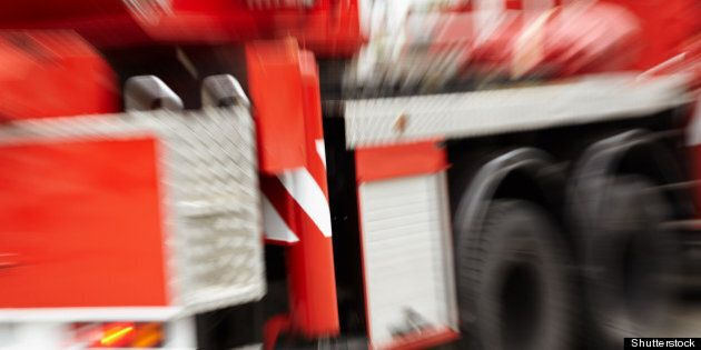 red fire truck zoom lens f x