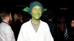 Joseph Gordon-Levitt se déguise en Yoda pour la première de Star