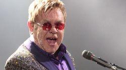 Poutine appelle Elton John et ce n'est pas un
