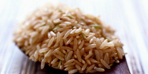 La raison toute simple pour laquelle le riz brun est plus santé que le riz